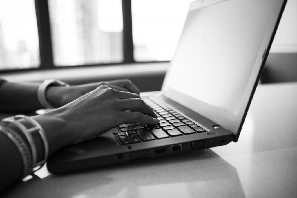 Online Learning woman